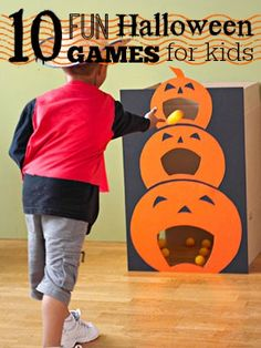 The Best Halloween Games for Kids: Planning a Halloween Party for Kids? Here are of the most fun Halloween Games for Kids ever! These easy DIY Halloween Party Games for kids are sure to be a HUGE hit at your kids Halloween Party! Casa Halloween, Theme Halloween, Halloween Games For Kids, Holidays Halloween, Halloween Pumpkins, Happy Halloween, Homemade Halloween, Holloween Games, Childrens Halloween Party