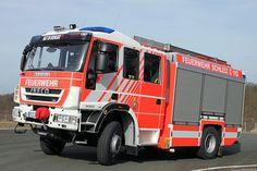 #Feuerwehrfahrzeug: HLF 20 der #Feuerwehr Schleiz; #Magirus baute das HLF auf dem 15 Tonnen schweren #Iveco EuroCargo-Fahrgestell Typ 150 E 30 mit Doppelkabine nach dem Alufire 3-Konzept auf.