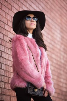 f714748a446 The Must Have Faux Fur Coat - Ana Picazzo. How to style a faux fur