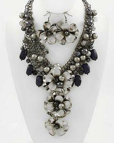 costume+jewelry   2012 Costume Jewelry Trend ~ Today's Latest Fashion News