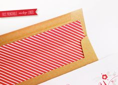 Lemon Squeezy: Free Printable Envelope with Liner (Be sure to check out the matching free printable card).