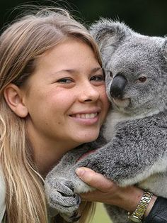 Bindi Irwin is all grown up and looking glam!
