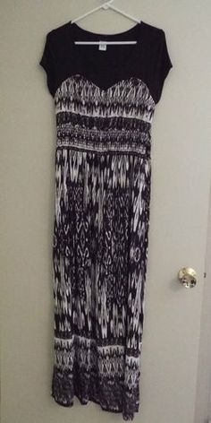 WOMAN'S PLUS SIZE MAXI DRESS IN BROWN & WHITE