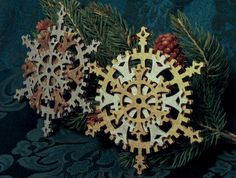 Classic Steampunk Snowflake Gears Ornament (SET OF FOUR, shown in Brass and Silver colors). $20.00, via Etsy.