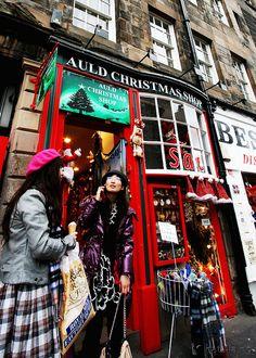 Auld Christmas Shop Edinburgh Flickr By N N Pigontherun