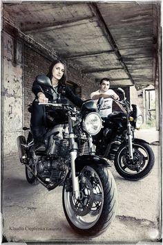 Fotograficzna sesja motocyklowa. Fotografia portretowa w plenerze. Zapraszam!