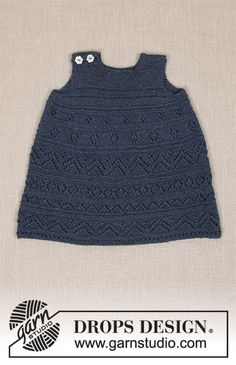 Serafina / DROPS Baby - Knitted dress with lace pattern and garter stitch for baby. Size 0 - 4 years Piece is knitted in DROPS Alpaca. Baby Knitting Patterns, Free Baby Patterns, Knitting For Kids, Lace Knitting, Girls Knitted Dress, Knit Baby Dress, Drops Baby, Drops Design, Alpacas