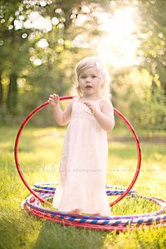 Awesome outdoor toddler photo shoot