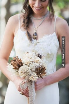 So neat! - a beautiful take on the rustic bouquet | CHECK OUT MORE IDEAS AT WEDDINGPINS.NET | #weddings #rustic #rusticwedding #rusticweddings #weddingplanning #coolideas #events #forweddings #vintage #romance #beauty #planners #weddingdecor #vintagewedding #eventplanners #weddingornaments #weddingcake #brides #grooms #weddinginvitations