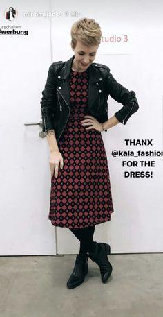Das elegante Midi-Kleid von KALA Fashion sieht einfach wunderschön lässig aus an Beauty Expert Miriam Jacks! Findet Ihr nicht auch?