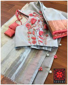 Choli Blouse Design, Hand Work Blouse Design, Stylish Blouse Design, Silk Saree Blouse Designs, Fancy Blouse Designs, Blouse Neck Designs, Blouse Batik, Traditional Blouse Designs, Sleeves Designs For Dresses