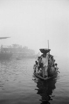 Hiroji Kubota - Bangladesh. Dhaka. 1968.