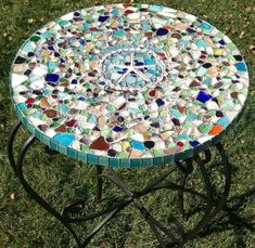 1 - Sea Glass Mosaic Table Top: ~ sea glass craft photos submitted by Lauren in LA 1 - This is a sea glass mosaic tabletop that I… Sea Glass Crafts, Seashell Crafts, Beach Crafts, Mosaic Garden, Mosaic Art, Mosaic Tiles, Mosaic Birdbath, Sea Glass Mosaic, Sea Glass Art