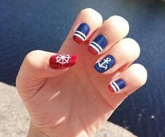Nail art Christmas - the festive spirit on the nails. Over 70 creative ideas and tutorials - My Nails Navy Nail Art, Nautical Nail Art, Navy Nails, Aztec Nails, Red Nails, Hair And Nails, Chevron Nails, Nautical Style, Anchor Nail Art