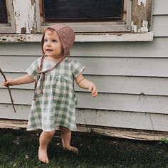Baby girl plaid dress - Fin & Vince. Organic baby clothes