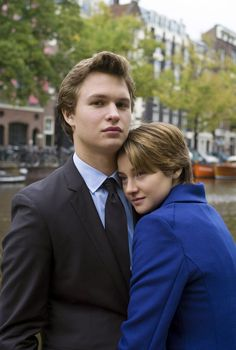 Shailene Woodley y Ansel Elgort en The Fault in Our Stars Damian Marley, Joss Stone, The Fault In Our Stars, Mandy Moore, Shakira, Augustus Waters, Divergent Funny, Ansel Elgort, Winners And Losers