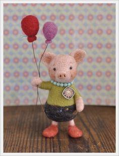 アンティークピンブローチ. Pics with balloons.