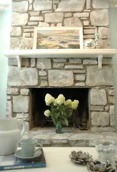 Cozy Corner Fireplace Design Ideas in the Living Room Fireplace Redo, Home Fireplace, Painted Stone Fireplace, Updating House, Fireplace Design, Living Room Makeover, Fireplace Remodel, Coastal Living Room, Scandinavian Fireplace