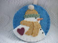 Primitive Felt Snowman Ornament Penny Rug by pennysbykristie