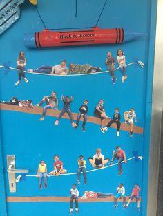 45 brilliant diy classroom decoration ideas & themes to inspire you 5 ~ Design A. 45 brilliant diy classroom decoration ideas & themes to inspire you 5 ~ Design And Decoration. Classroom Door Displays, Diy Classroom Decorations, Classroom Organisation, Classroom Walls, Classroom Pictures, Class Pictures, Class Projects, School Projects, Orla Infantil
