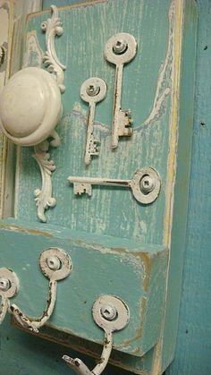 Key Holder Aqua Blue Water, Vintage Skeleton Keys and Hardware