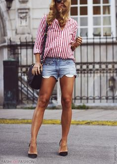 red and white stripes. I kinda hate this outfit, But Those are my Goal Legggs.