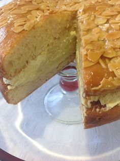 Bee Sting (Thermomix Method Included) « Mother Hubbard's Cupboard - not earthy but yum! Thermomix Bread, Thermomix Desserts, Baking Recipes, Cake Recipes, Dessert Recipes, Dessert Dishes, Bee Sting Cake, Bellini Recipe, Just Cakes