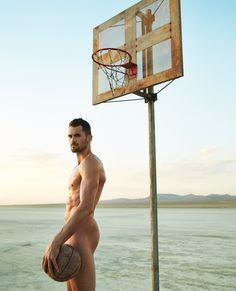 ESPN magazine goes online with its anticipated Body Issue. Going nude, celebrated athletes, ranging from Odell Beckham Jr. and Tyler Seguin to Kevin Love show… Kevin Love, Natalie Coughlin, Tyler Seguin, Body Issues, Bryce Harper, Love Cover, Odell Beckham Jr, Basketball Players, Male Body