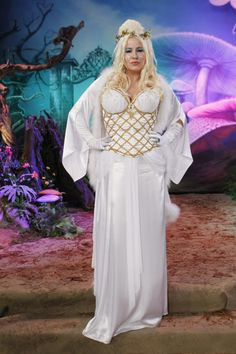 The Talk Photos: Jennifer Coolidge White Queen on CBS.com
