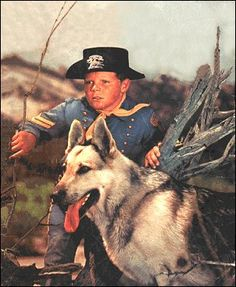 Rin Tin Tin television show Photo Vintage, Vintage Tv, Dog Tv Shows, Animatrices Tv, Mejores Series Tv, Tv Icon, Tv Westerns, Old Shows, My Childhood Memories