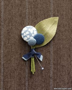 Upcycle some jeans fabric into buttons.