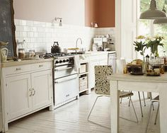 Welcome to Crown Paints. Explore our range of wonderful paints & colours to buy online. We also offer advice and inspiration for choosing the perfect paint. Dining Area, Kitchen Dining, Kitchen Cabinets, Kitchen And Bathroom Paint, Deco Cool, Cottage Kitchens, Color Beige, Kitchen Colors, Country Kitchen