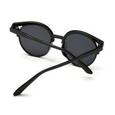 cded031f6d7dc Fashion Feminino Retrô Óculos De Sol Espelhado Redondo Olho Designer Óculos  Novo