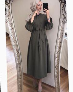 Muslim Fashion 672866000565670624 - Source by esmasemabascesme Modest Fashion Hijab, Modern Hijab Fashion, Street Hijab Fashion, Hijab Fashion Inspiration, Muslim Fashion, Fashion Dresses, Fashion Fashion, Fashion Angels, Fashion Tape