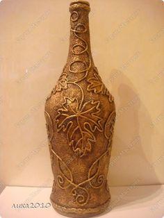 Glass Bottle Crafts, Wine Bottle Art, Diy Bottle, Diy Yarn Decor, Glass Painting Designs, Decoupage Glass, Flower Bottle, String Crafts, Altered Bottles