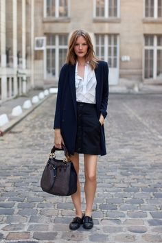 Button front skirt, white button down, oversize bag and trench with flat loafers - done!