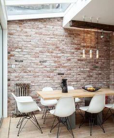 Marvelous Faux Brick Panels mode London Industrial Dining Room Decoration ideas with brick wall distressed wood industrial pendant light natural lighting pendant light reclaimed wood skylight (bedroom wall decorations faux brick) White Wash Brick, White Brick Walls, Exposed Brick Walls, Interior Brick Walls, Exposed Brick Kitchen, Exposed Beams, Brick Wall Interiors, Industrial Interior Design, Industrial Dining
