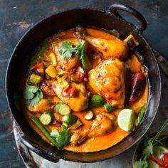 Nico Panagio's Thai chicken potjie Cooking Chicken Curry, Thai Chicken, How To Cook Chicken, Braai Recipes, Mince Recipes, Cooking Recipes, Oven Cooking, Curry Recipes, South African Recipes