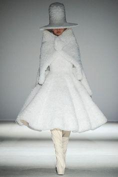 Gareth Pugh Herfst/Winter 2014-15 (1)  - Shows - Fashion