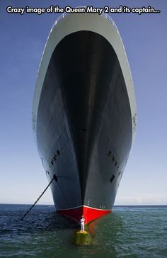 Queen Mary 2 and captain