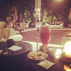Pre dinner drinks in Churchill's favourite Moroccan hideout #picoftheday #instalike #instagood #travel #lamamounia #travel #adventuresinmorocco #adventuresinmarrakech #marrakech #morocco