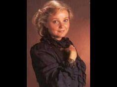 Lucia Popp - O mio babbino caro. her voice is like crystal.