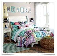 i luv the prints and colors of bedding set