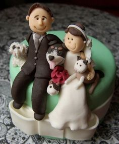 Amazing and Funny Wedding Cake Toppers @Betty Ruckman this is going to be Natalie's cake topper!