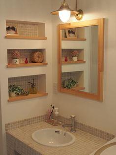 身だしなみを整えたり、身体の清潔を保つ場所として毎日使う洗面台。できることならおしゃれで自分のスタイルに合った空間にしたいですよね。機能性、デザイン性、清掃性のすべてが叶う洗面台の最新事情と、素敵なインテリア実例をご紹介します。