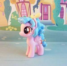 krowzivitch - Hobbyist, Artisan Crafter | DeviantArt Arte My Little Pony, My Little Pony Dolls, Strawberry Shortcake Cartoon, Mlp Memes, My Little Pony Wallpaper, Doll Furniture, Pretty Pictures, Smurfs, Character Art