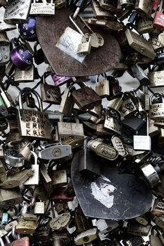The Love Paris Padlocks Bleach HD Mural by WYNIL. Made in Canada, worldwide shipping. Printed on highly resistant ecological paper, easy to apply. Commercial Wallpaper, Leed Certification, Accent Wall Bedroom, Prepasted Wallpaper, Wallpaper Samples, Soap Making, Dog Tag Necklace, Bleach, How To Apply