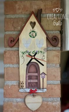 wooden wall clock- orologio da parete in legno wooden wall clock - Pintura Country, Wooden Key Holder, Wooden Walls, Wood Pallets, Candle Sconces, Wood Crafts, Wood Projects, Home Goods, Wall Lights