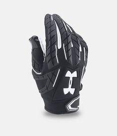Under Armour Men's Fierce VI Football Gloves Tactical Suit, Tactical Gloves, Tactical Clothing, Football Gear, Football Gloves, Football Clothing, Look Fashion, Mens Fashion, E Skate