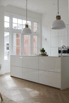 Home Interior Salas .Home Interior Salas White Kitchen Decor, Rustic Kitchen Design, Interior Design Kitchen, Interior Modern, Modern Luxury, Country Look, Classic Kitchen, Küchen Design, Design Ideas